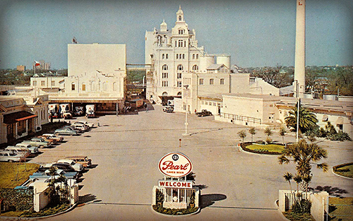 Vintage photo of the Pearl